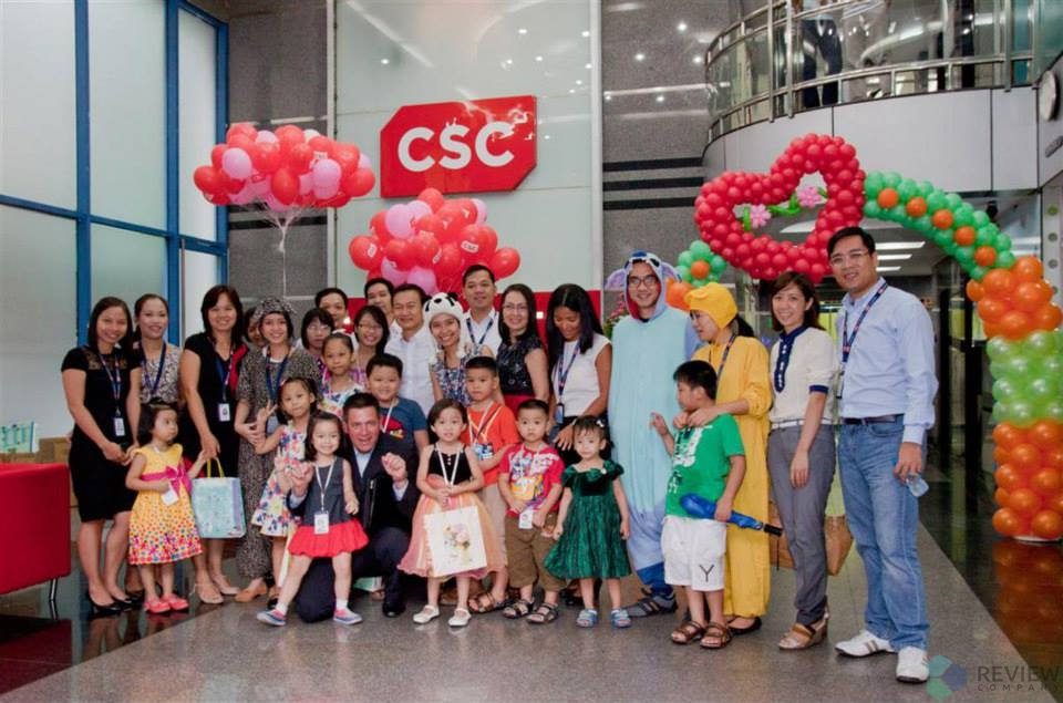 "This year Children Day 2013 event - ""Bring Kids to Office"" (CSC Việt Nam)"